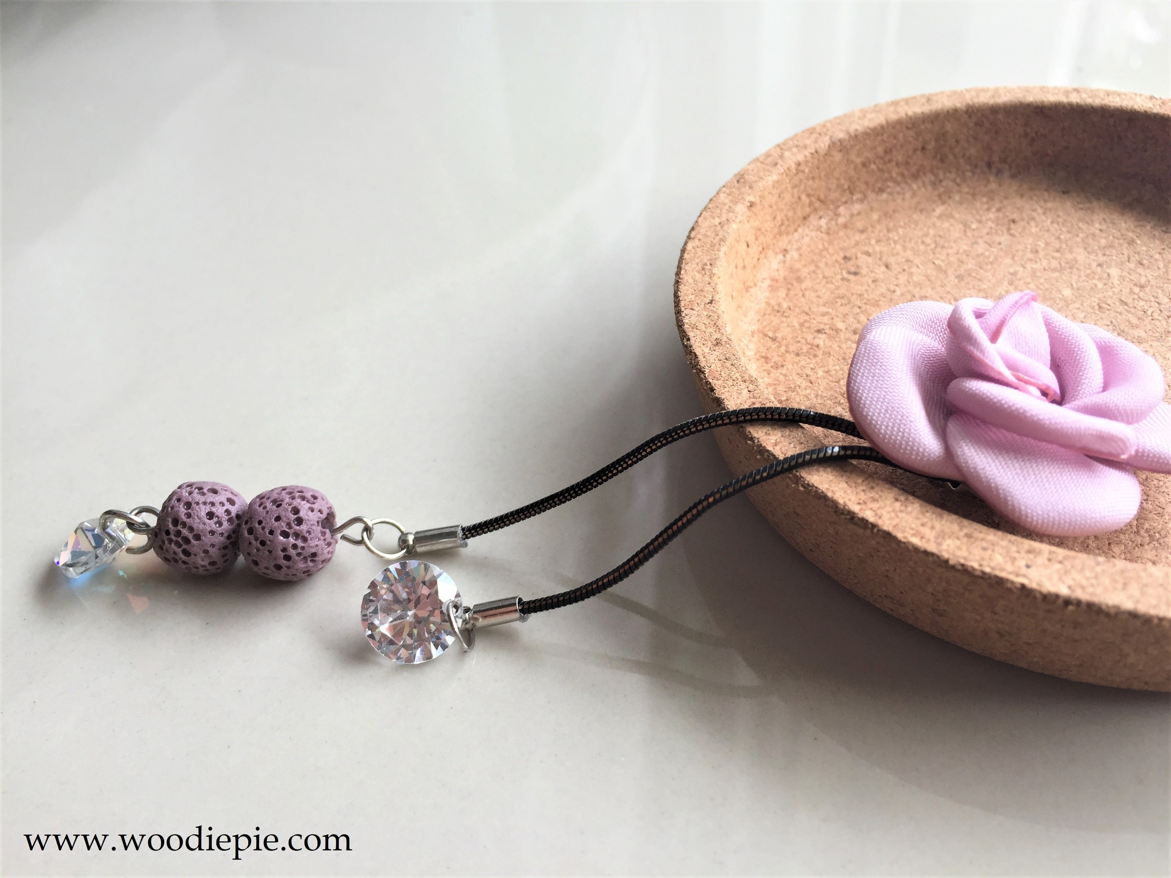 Flower Lovastone Necklace - Copy.JPG