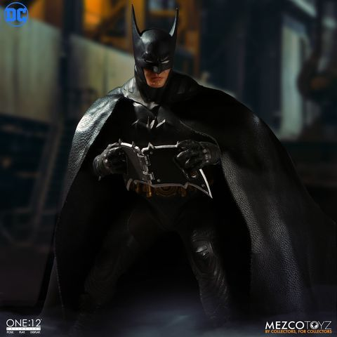 [ONE-12]Batman_Ascending Knight 011.Jpg