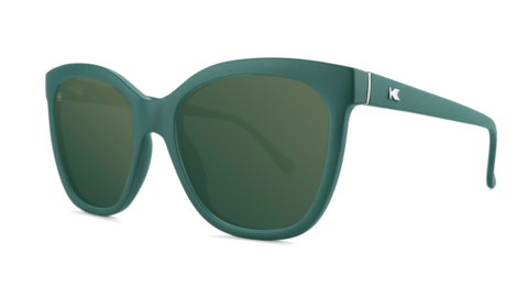 affordable-sunglasses-poison-ivy-deja-views-threequarter_1424x1424.png
