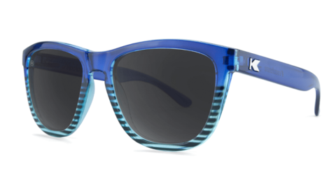 affordable-sunglasses-blues-on-the-water-premiums-threequarter_1424x1424.png