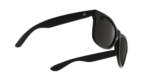 sunglasses-deep-space-polarized-m-class-5.jpeg