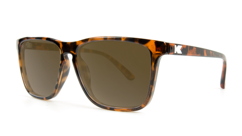 1RR5fwcmSveGYfeOLuls_affordable-sunglasses-tortoise-shell-amber-fastlanes-threequarter.png