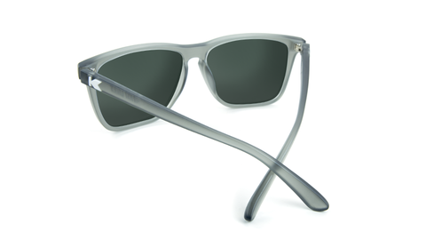 eW42YMcaSf2xEpGhUZ3t_affordable-sunglasses-frosted-grey-green-fastlanes-back.png