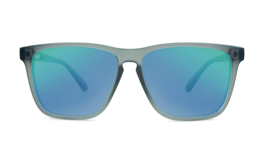Wj1lwDaS9CTl0UJYoEdo_affordable-sunglasses-frosted-grey-green-fastlanes-front.png