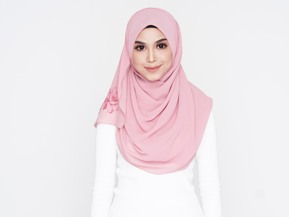 Tudung Mira Wide Shawl - CC (DUSTY PINK).jpg