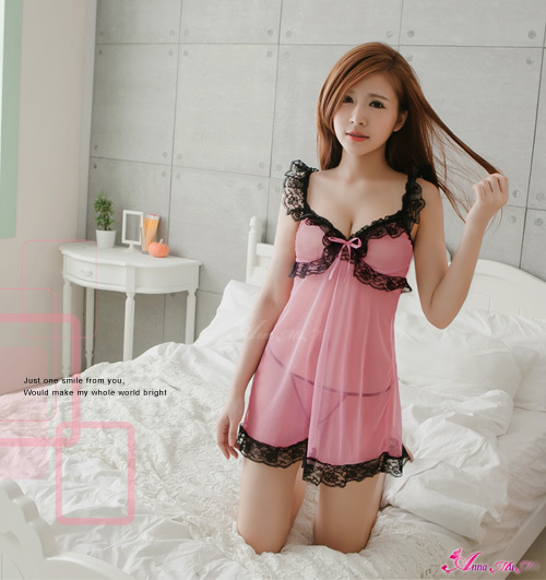 T199 - Appealing sheer lace chemise
