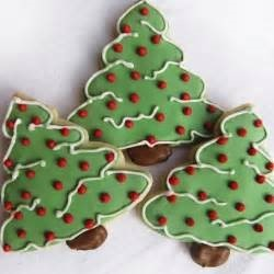 dec xmas tree cookies 3.jpg