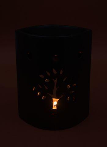 tree-black.jpg