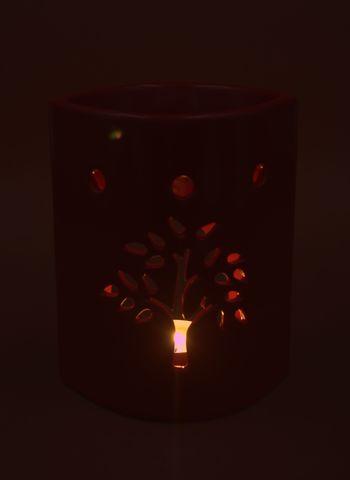 tree-red.jpg