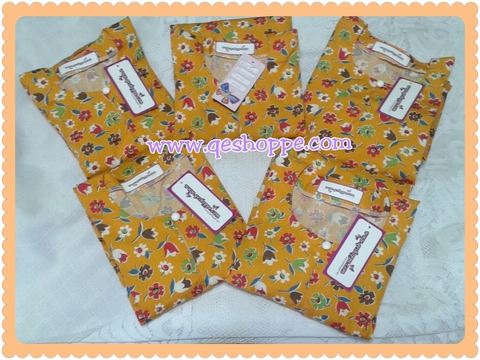 Baju Kurung Teluk Belanga Kanak-kanak English Cotton Yellow Orange Flower with Yellow Orange Stripe Skirt2.jpg