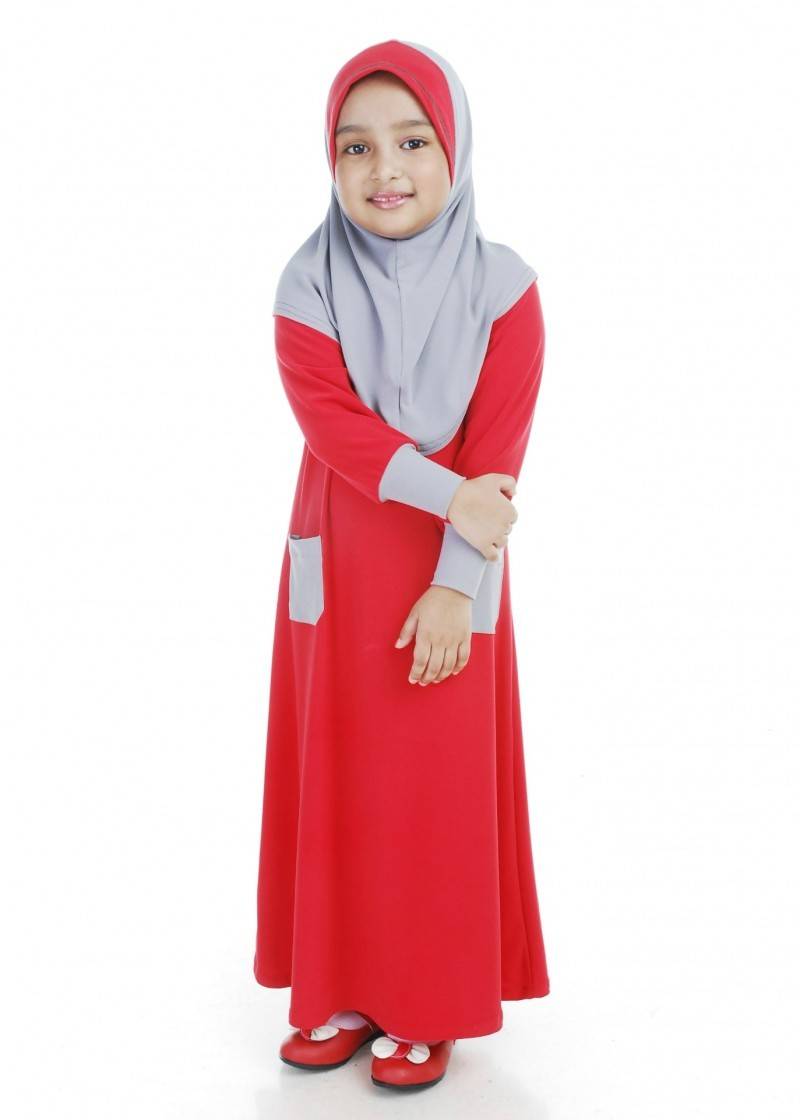 Jubah Moss Crepe Chilli Red.jpg