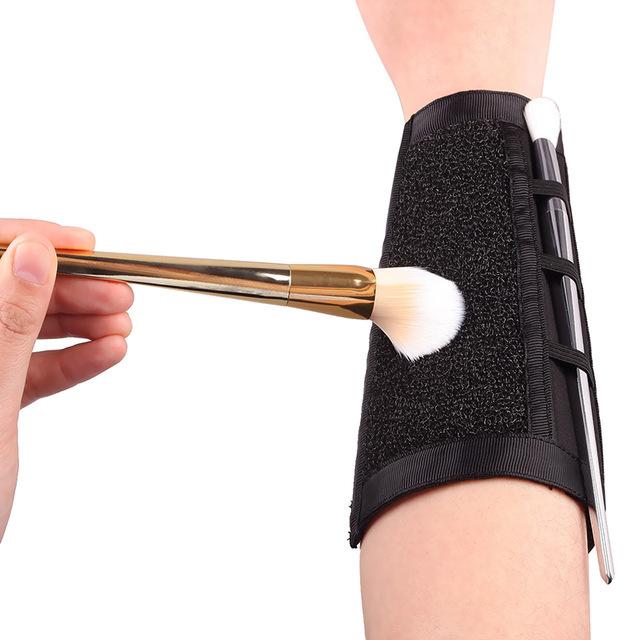 1Pcs-Arm-Makeup-Sponge-Cleaner-Brush-Cleaning-Sponge-Makeup-Color-Clean-Eyeshadow-Sponge-Tool-Makeup-Brush.jpg_640x640.jpg