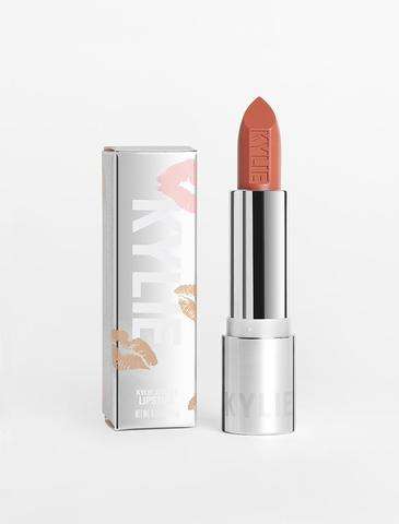 Kylie-Silver-Collection-Lipstick-DulceDeLeche