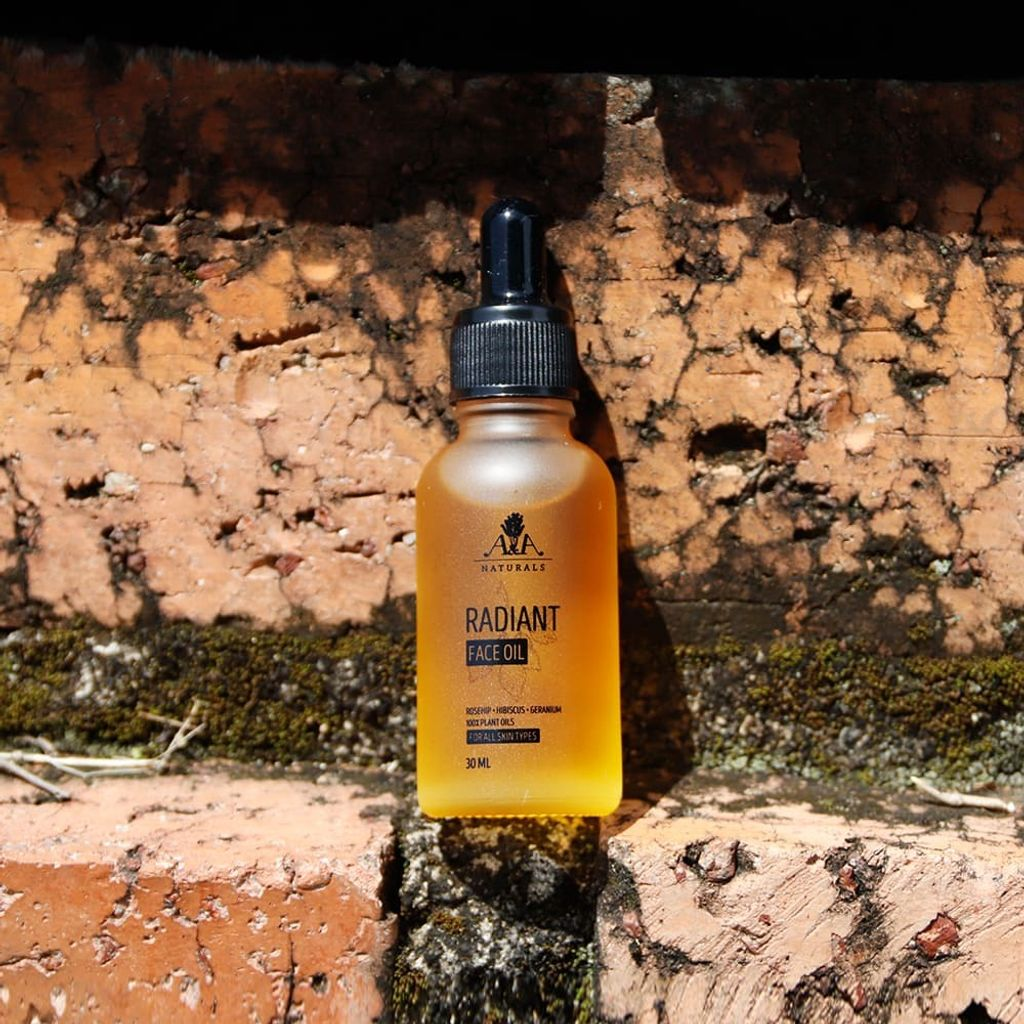 Radiant_Face_Oil_AA_Naturals_5.jpg
