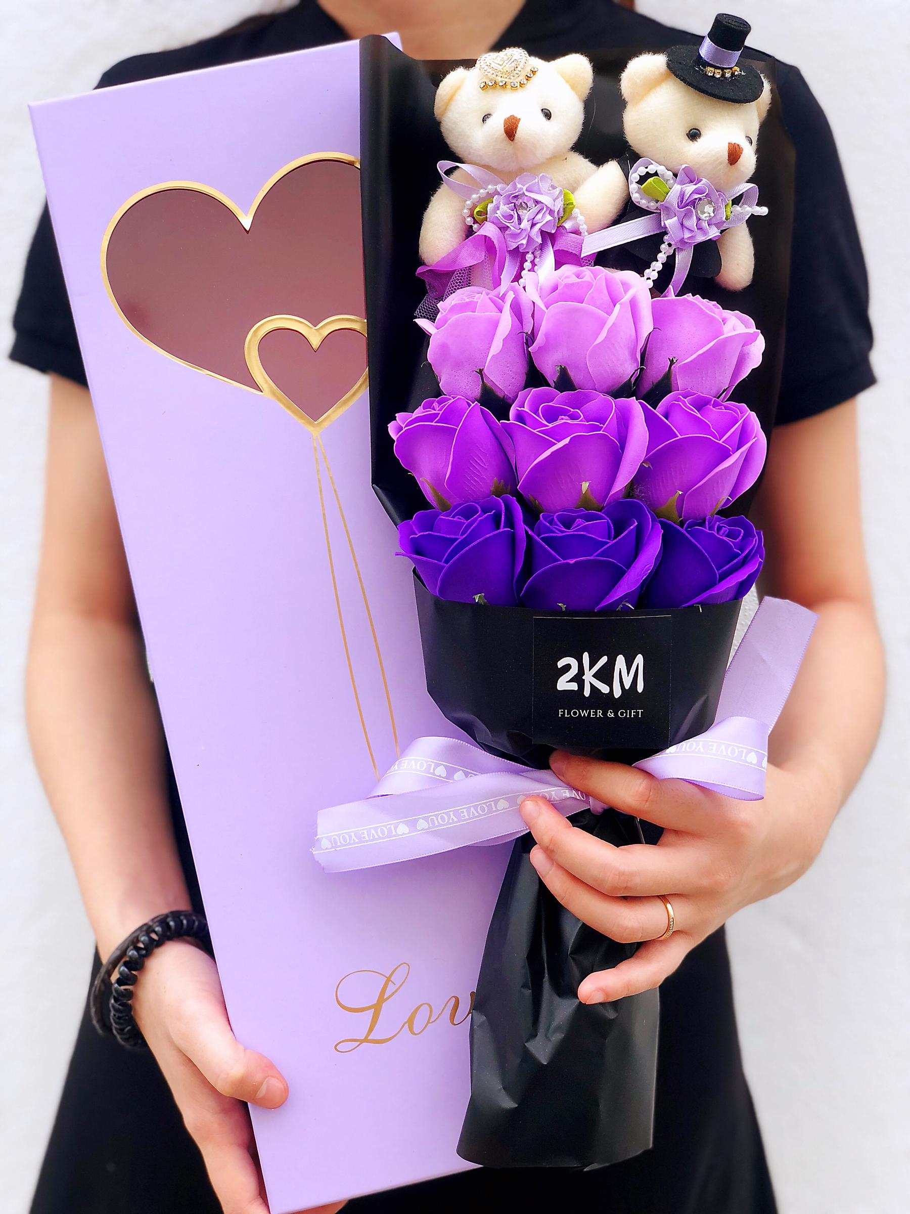 9pcs Rose Teddy Soap Flower