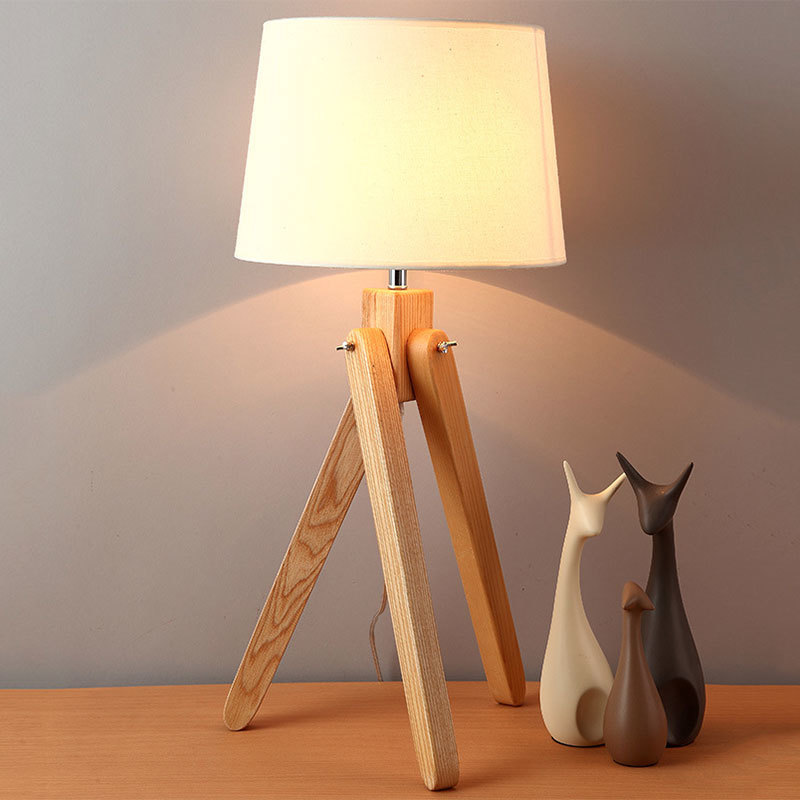 Tripod-table-lamp.jpg