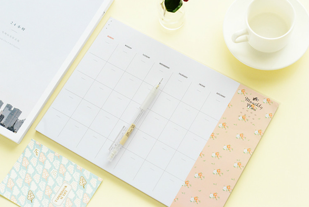 Iconic Monthly Planner 19.png