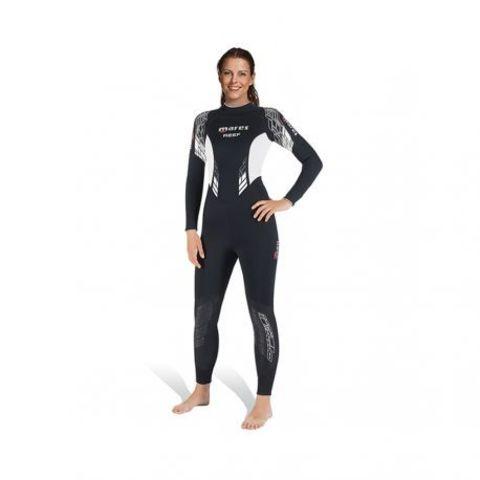 mares-reef-3mm-woman.jpg
