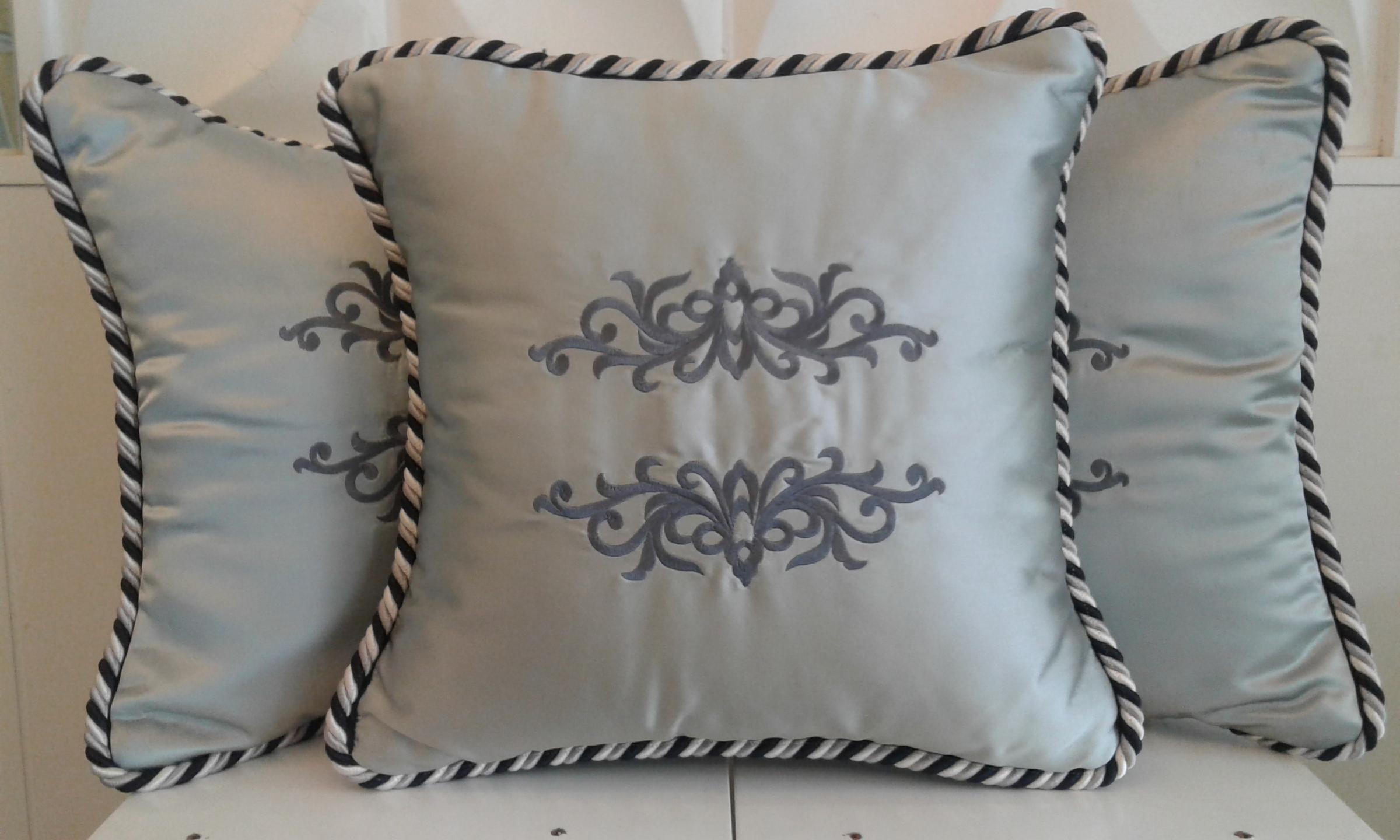Waja Silver Awan Larat Cushion.jpg