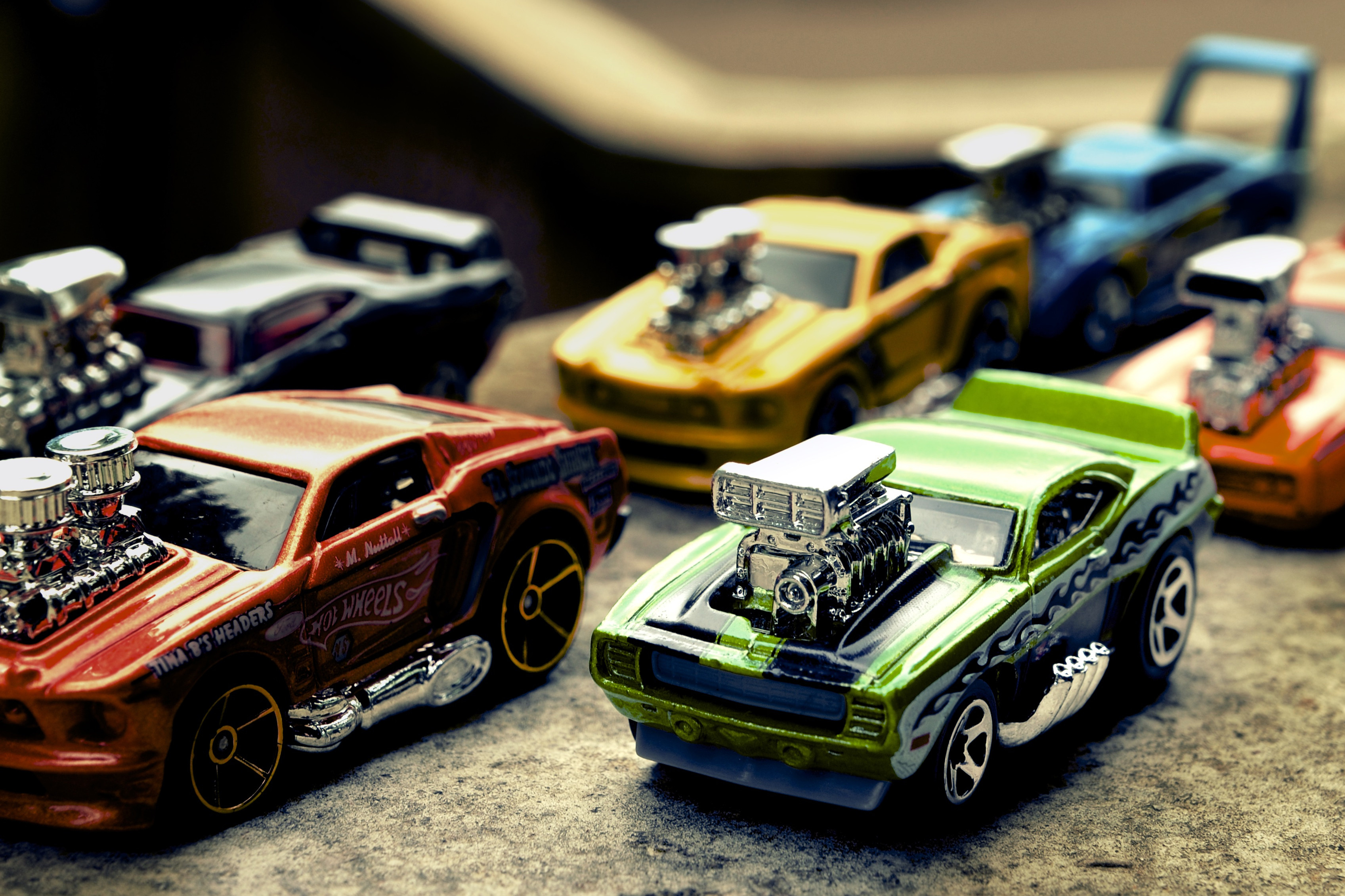 Ficopz Online Shop   Featured Collections - Hotwheels