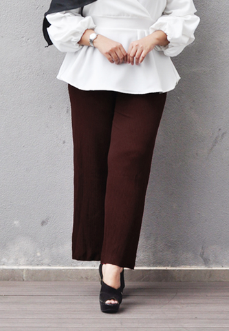 Pleated Pants Brown 2.jpg