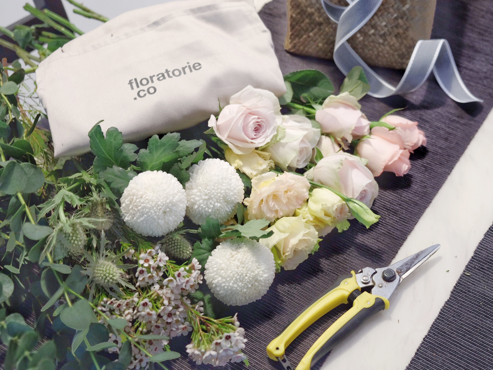 Floratorie - Singapore Online Florist | Flower Delivery | Flower Arrangment Workshop |
