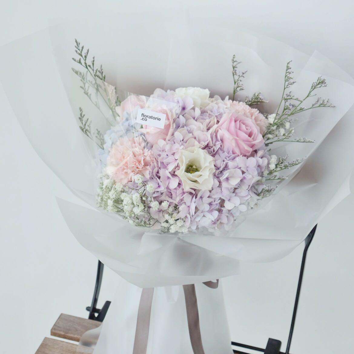 Floratorie - Singapore Online Florist | Flower Delivery | Flower Arrangment Workshop | Featured Collections - Dream