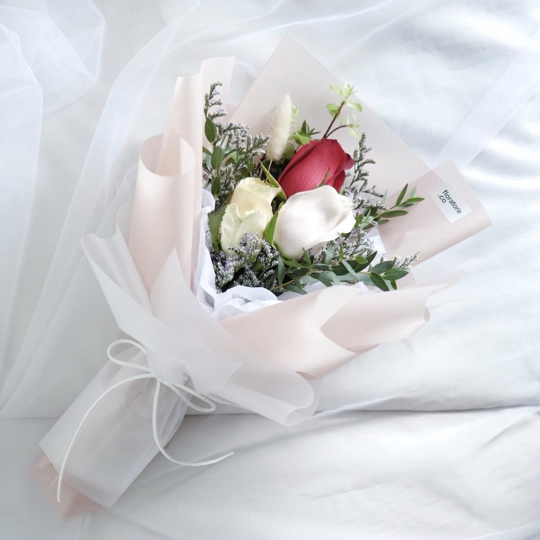 Floratorie - Singapore Online Florist | Flower Delivery | Flower Arrangment Workshop | Feature collection - Valentine's