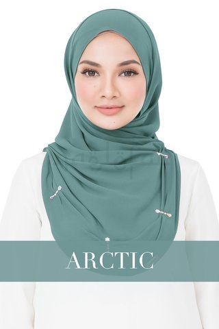 Lola_-_Arctic_1024x1024.jpg