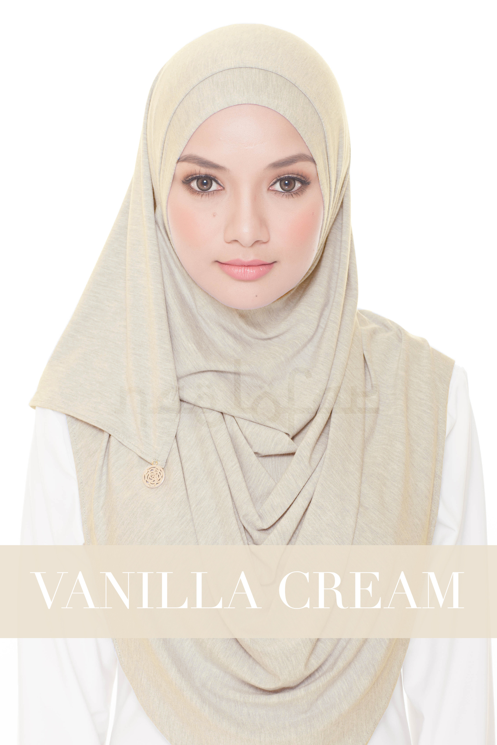 Babes & Basic Loop - Vanilla Cream.jpg