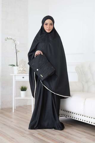 17_TCO Wardah - Black.JPG