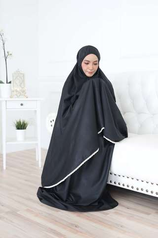25_TCO Wardah - Black.JPG