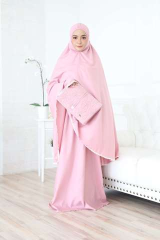 04_TCO Wardah - Dusty Pink.JPG