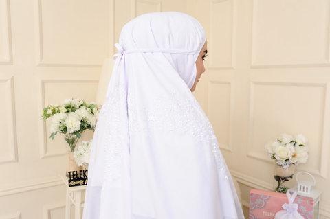 09 - telekung cotton - surihati - snow white.JPG
