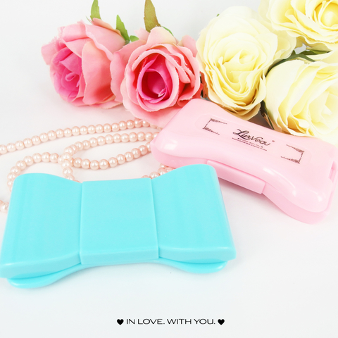ribbon lens case container 002.jpg