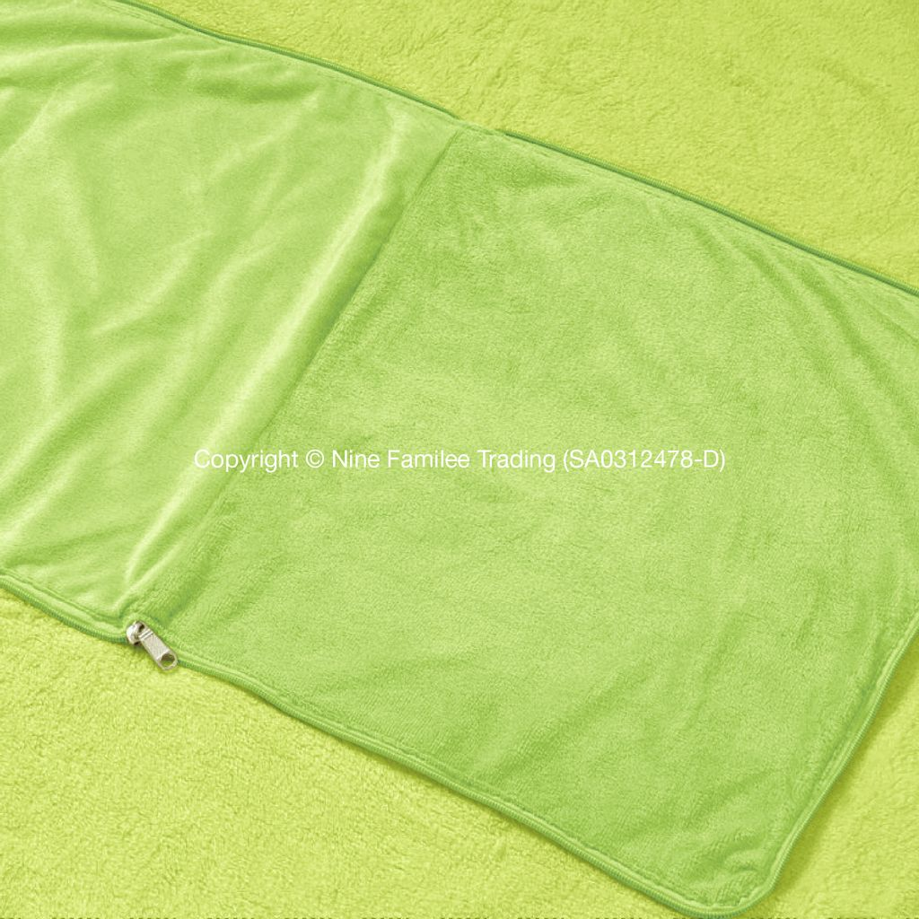 Products - Foldable Travel Pillow Blanket-04.jpg