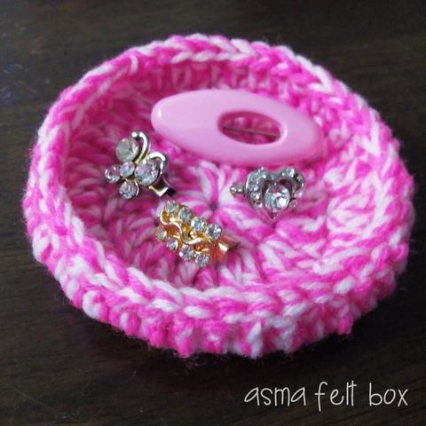 piring crochet.jpg