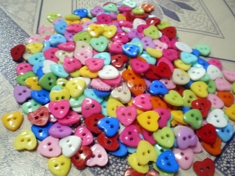 button heart 11mm.JPG
