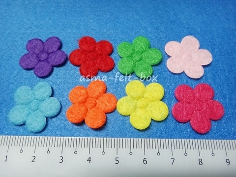 felt flower applique.JPG