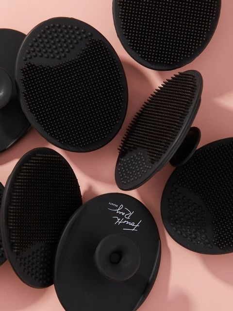 Fourth Ray Beauty - Black Cleansing Pad.jpg