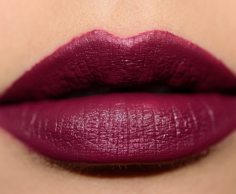 colour-pop_darling_004_lipswatch
