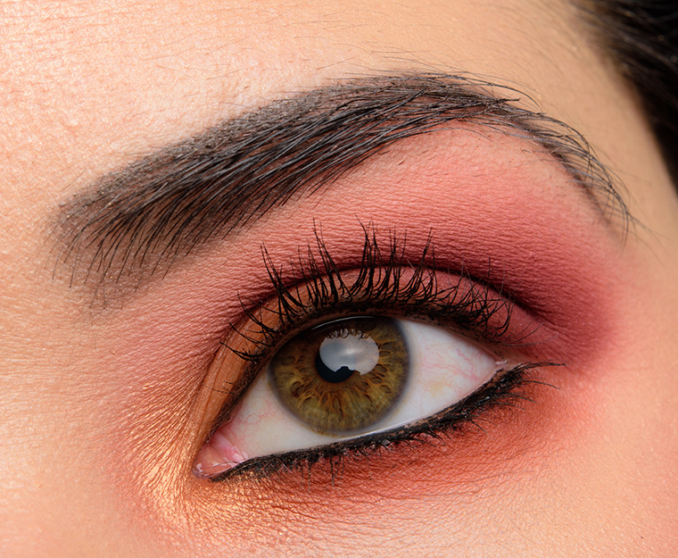 huda-beauty_warm-browns_006_testing-1