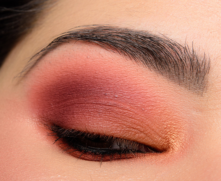 huda-beauty_warm-browns_007_testing-1