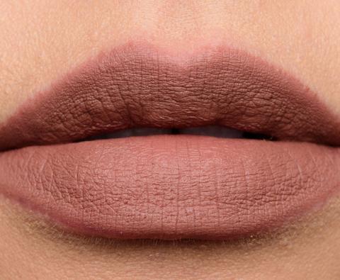 anastasia_dread_006_lipswatchn