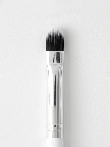 Colourpop Brush - 07 Small Shader Brush.jpg