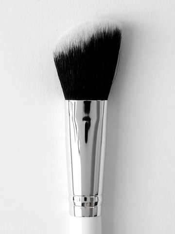 Colourpop Brush - 03 Angled Face Brush.jpg