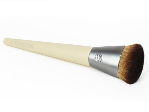 ecoTools wonder color finish brush.jpg