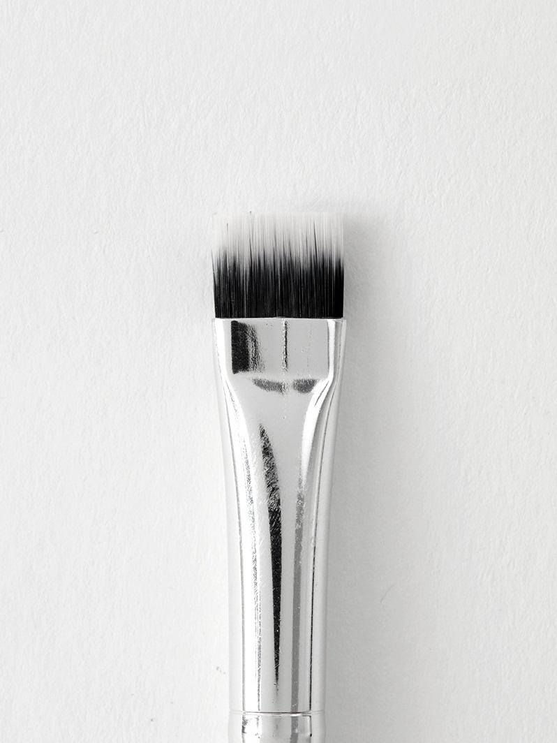 Colourpop Brush - Flat Eye Defining Brush.jpg