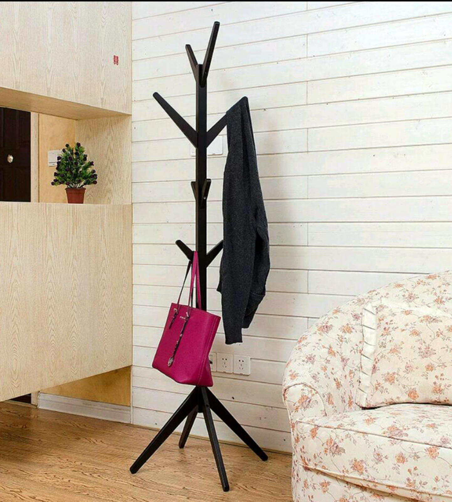 Coat hanger B8 brown a.jpg