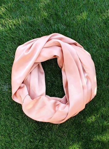Snood - Peach.jpg